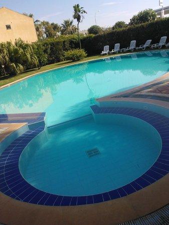 Hotel Andrea Doria : piscina-