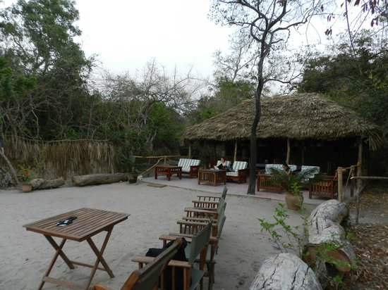 Selous Great Water Lodge: area relax