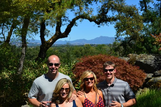 Healdsburg Area Winery Tours: Wine Country with Gene
