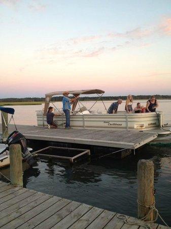 Snug Harbor Marina Boat Rentals: John taking a tour out.