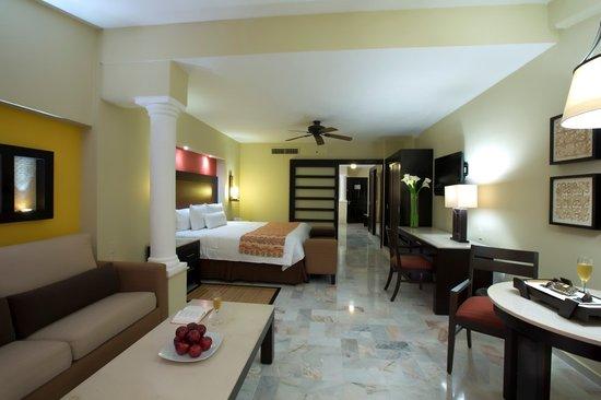 Barcelo Puerto Vallarta: Suite Deluxe