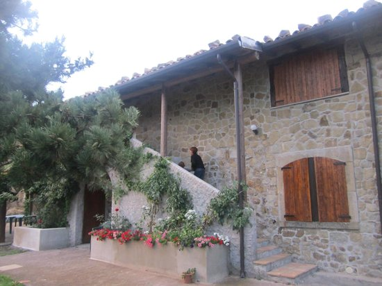 Il Noceto Country House : L'esterno della struttura dove si trovano le camere