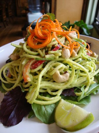 The Food Forest : Raw Orange Tahini Pad Thai