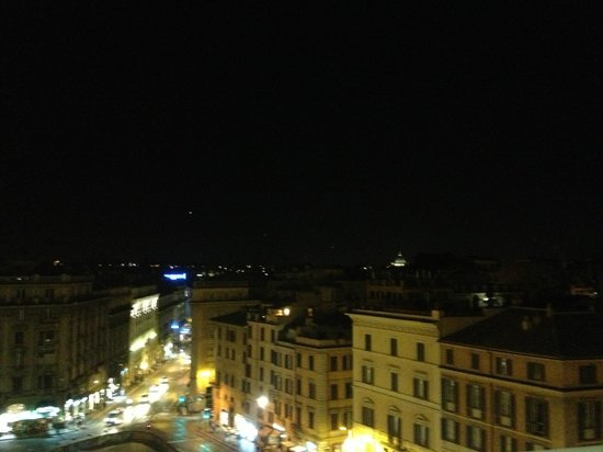 Hotel Bernini Bristol : view from room 503