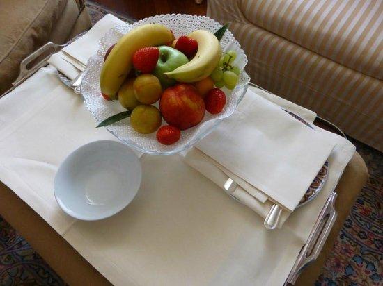 Grand Hotel Minerva: Welcome tray