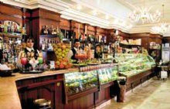 Hotel Business: caffetteria