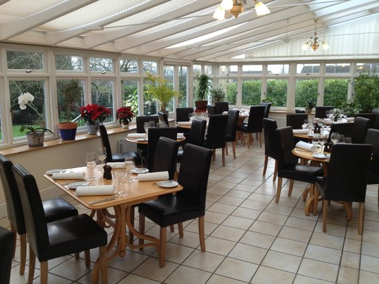 The Conservatory at Ash House Country Hotel: The orangery Restaurant at Ash House Hotel