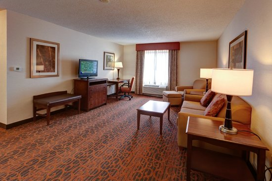 Hampton Inn Manhattan : Suite Living Area