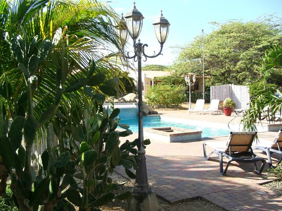 Camacuri Apartments Aruba: zwembad
