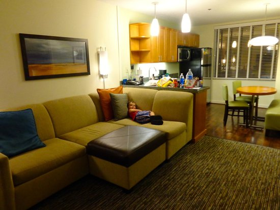 HYATT house Fort Lauderdale Airport & Cruise Port : SPACIOUS
