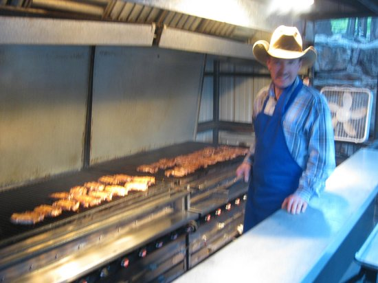 Bar D Chuckwagon Supper Show: Rib Eyes on the Grill
