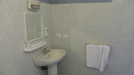 Affittacamere La Spezia Inn: bathroom