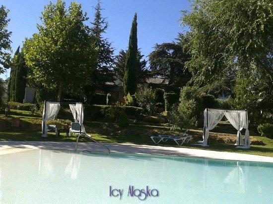 Hotel Bodega El Juncal Ronda: La piscina
