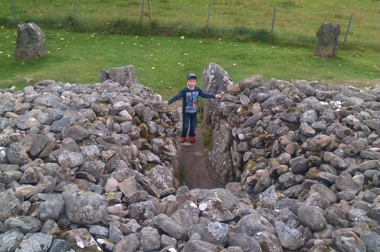 Corrimony Chambered Cairn: The Cairn