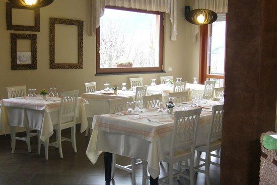Osteria di Alpe: Sala ristorante