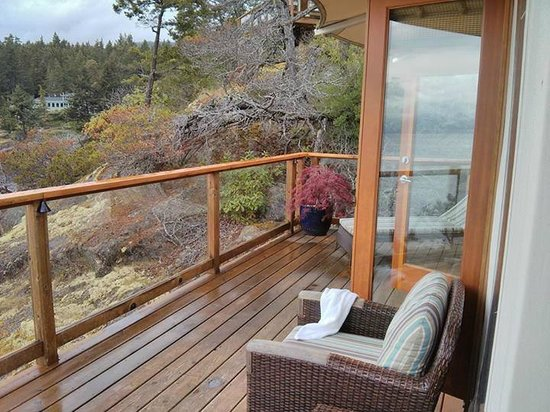 Rockwater Secret Cove Resort: Room deck
