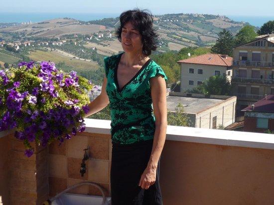 B&B Le Terrazze: Elisabetta - Besitzerin