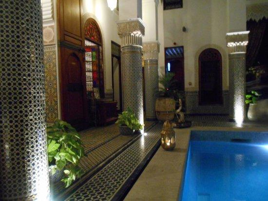 Riad el Amine Fes: Pool at Riad El Amine
