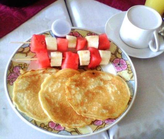 HOTEL SABANA: Desayuno