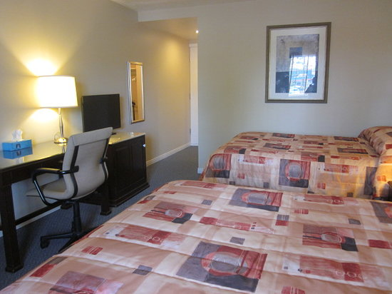 Auberge Motel Le Pigeonnier: superior double room