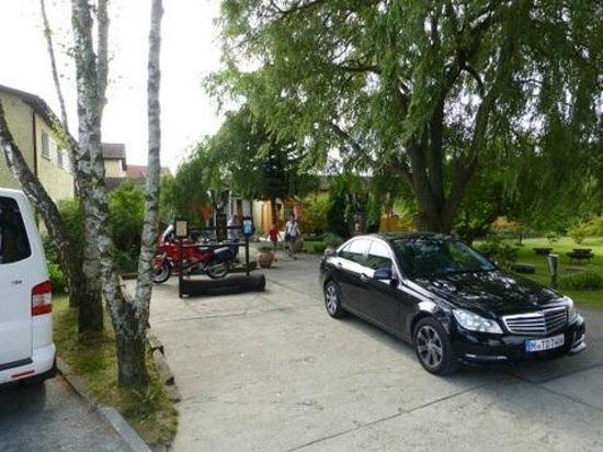 BinzHotel Landhaus Waechter: Hotel Entrance