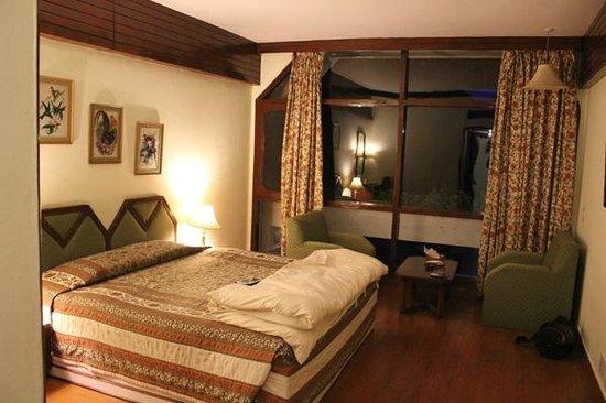 Hotel Snowcrests Manor: Deluxe Rooms