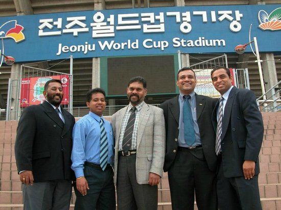 Jeonju Core Hotel: With Exhibitors at the Football stadium which is near the hotel