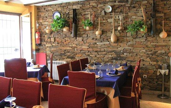Restaurante La Hacilla: ZONA INTERIOR