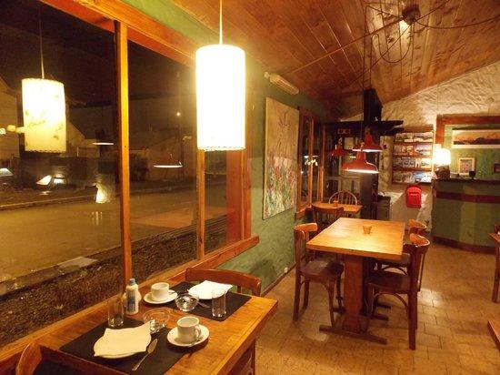 Schilling Hostal Patagonico: bar