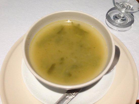 Restaurante Caravela da Ribeira: Green soup.