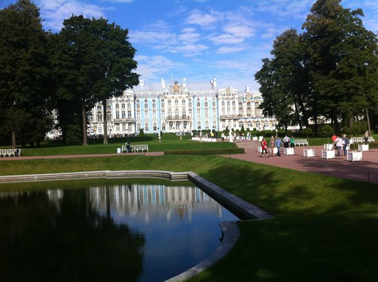 how to get to pushkin from st petersburg