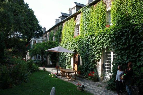 Le Relais du Mont Chauve: La belle demeure