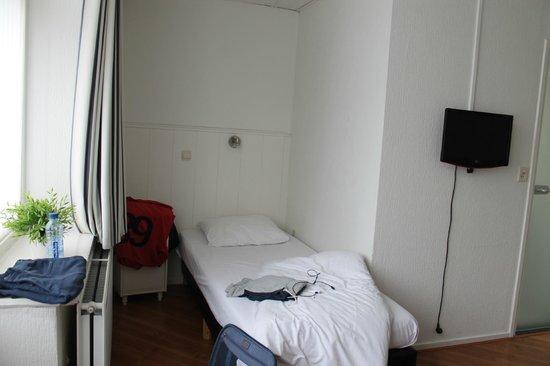 Hotel De la Bourse: interno camera