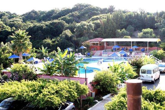 Hotel Brati - Arkoudi: Pool vom Zimmer