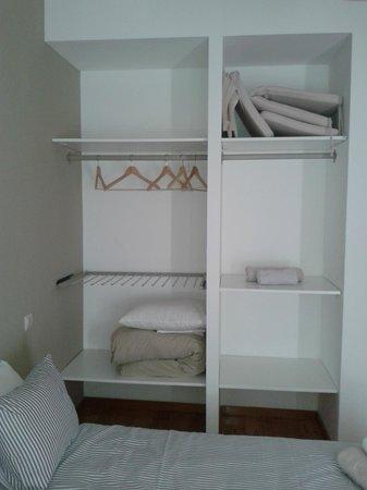 Aparthotel Oporto Sol : armario