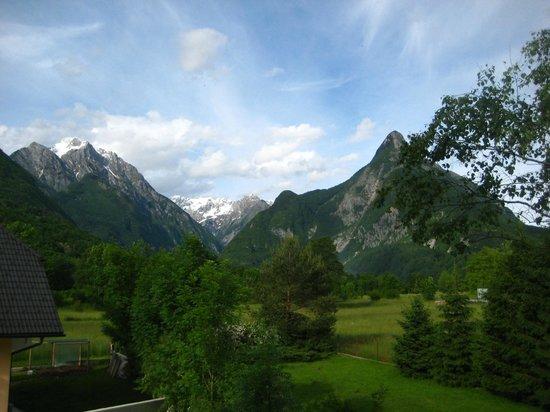 Hotel Sanje Ob Soci: View of the Alps