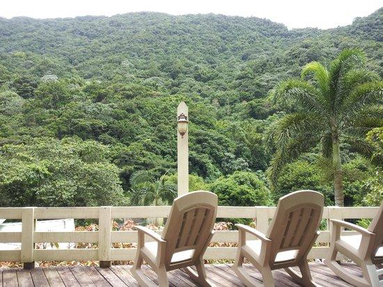 Casa Grande Mountain Retreat: Balcony View - Breakfast/Dinner area
