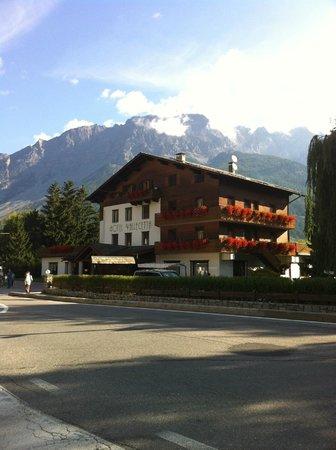 Hotel Vallecetta: Gli esterni della struttura