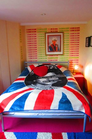 Hotel Pelirocco: Bed