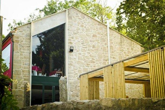 Parada De Francos Restaurant: fachada jardin