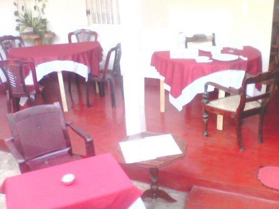 Lucky Fort Restaurant: in side