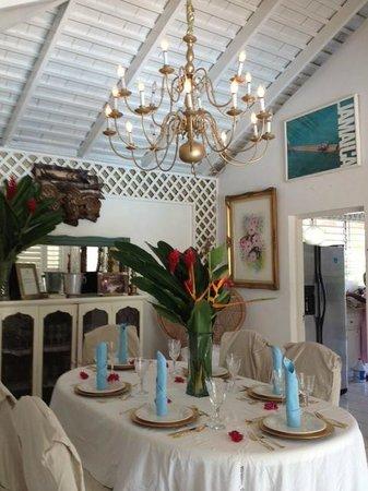 Chateau en Exotica : Formal Inside Dining
