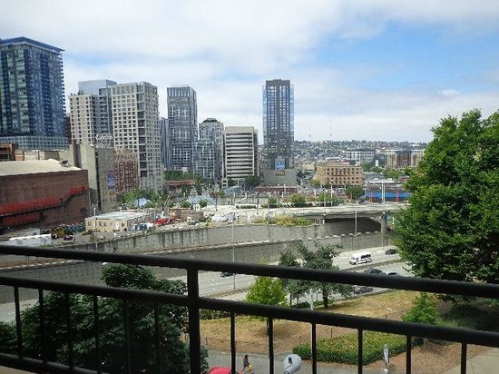 Homewood Suites Seattle Convention Center Pike Street: City view
