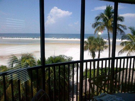 Pointe Estero Beach Resort