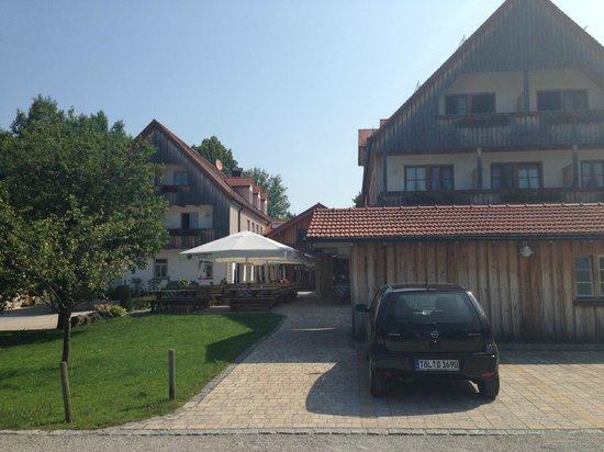 Der Landgasthof Reindlschmiede: von außen 1