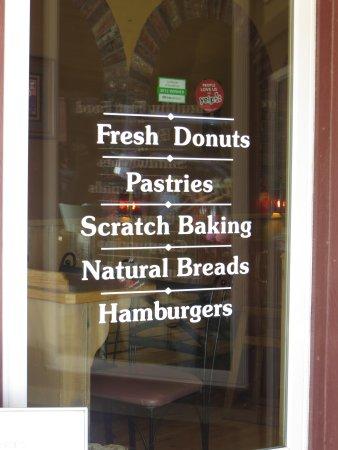 Baker's Bakery & Cafe: Yummy