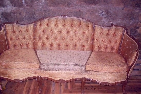 Murphy's Pub & Grill: Antique sofa, circa 1907