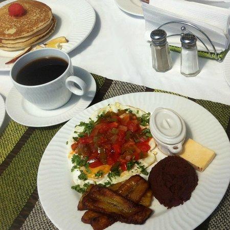 Terra Bella Hotel Boutique: Breakfast