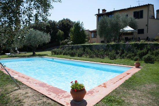 Villa La Pergola: Swimming pool