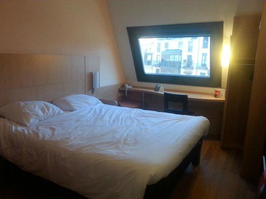 Ibis Bilbao Centro: Habitación